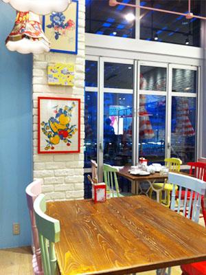キャスキッドソン初のカフェCath's Cafe