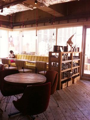 渋谷の東急ハンズ7階にカフェ×多肉 HINT7