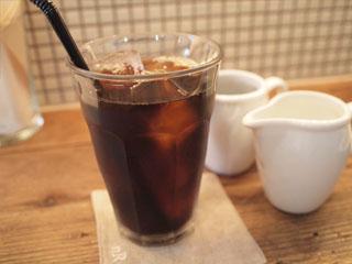nR tableー表参道の自然派カフェでランチ