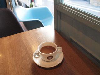 Cafe bar Lotusー明大前のパリ風カフェ