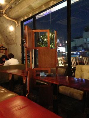 リゾットカフェ「東京基地」渋谷店で夜カフェ