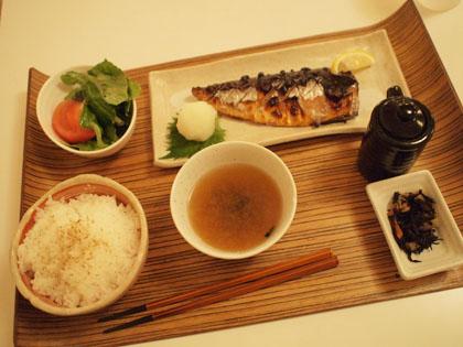 中目黒hanabiでお魚ランチ
