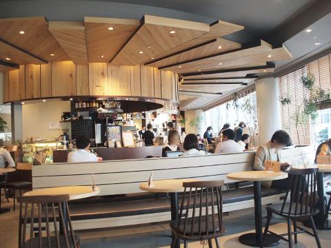 居心地がいい新宿の電源カフェCaffice(カフィス)