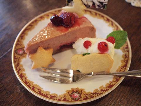 バブーシュカの赤いチーズケーキ