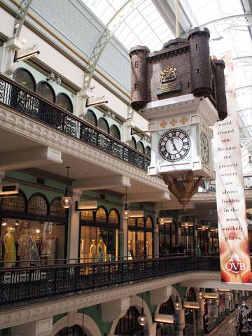 クィーン・ビクトリア・ビルディングの吊り時計