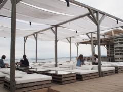 葉山のビーチカフェCABaN