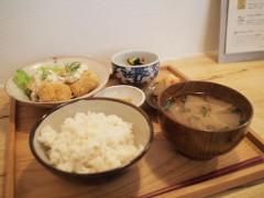 国立のmokuji(もくじ)で野菜中心の定食ランチ